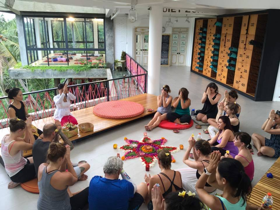 HBR Bikram Yoga Retreat - Spring 2017 (4)